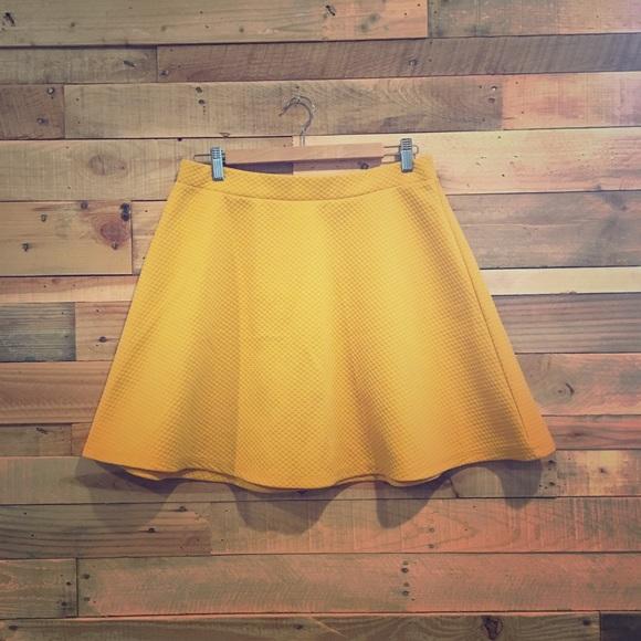 375a30c5bd Dresses & Skirts - Mustard Yellow H&M a-line skater skirt