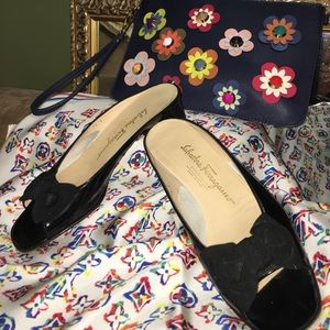 Ferragamo Black pat leather slides w/Satin bow 7.5