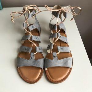 Dolce Vita Jasmine sandals, grey, size 7