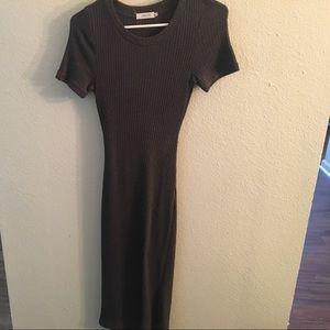 Dresses & Skirts - Grey Midi Sweater Dress