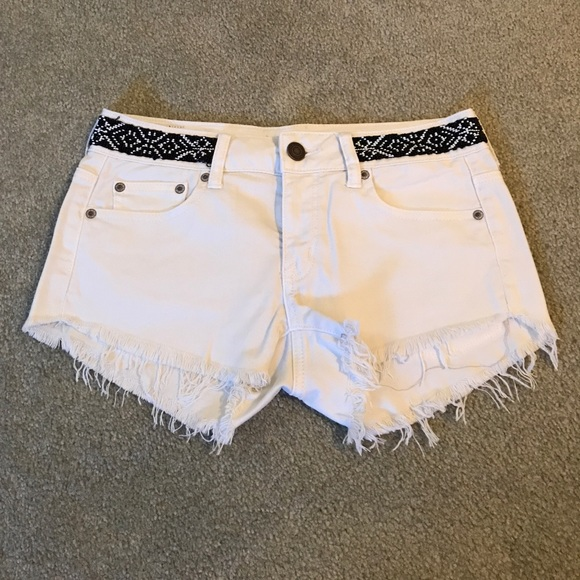 9d6f3991f102 American Eagle Outfitters Shorts | American Eagle Off White Denim ...