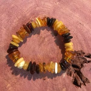 Jewelry - Russian amber stretch bracelet
