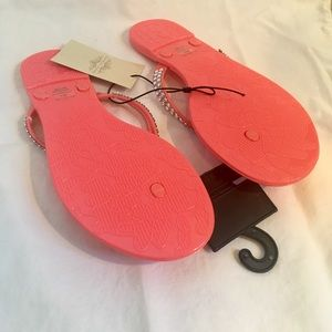 fd481138a5fcd charles albert Shoes - Coral Flip Flops Faux Diamond Sandals New Size 7