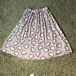 ASOS Midi Skirt In Heart Print With Pockets - Pink
