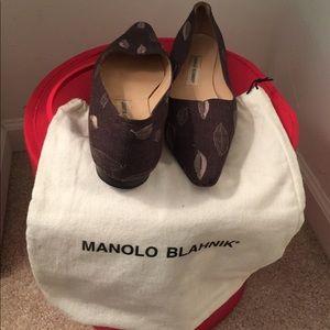 Manoli Blahnik  Gray flats size 41 US 11 fits US10