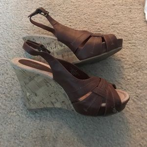 Mossimo wedge shoes size 9 1/2