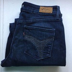 Levi's classic fit jeans