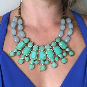 Jewelry - Turquoise and gold statement necklace