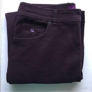 Gloria Vanderbilt chocolate brown jeans