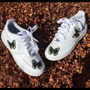 Other - Butterfly Nike Air Force One