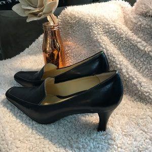 Like new business heels