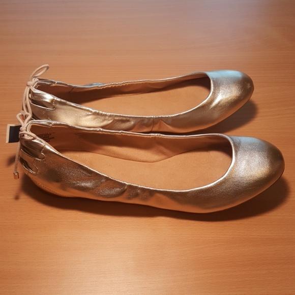 Pick SZ//Color. Bandolino Womens Annabella Ballet Flat