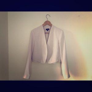TOPSHOP // Cropped blush blazer