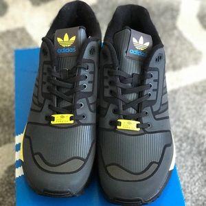 detailed look 79b04 67aeb Adidas ZX Flux b54176 Sz 11 NWT