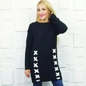 Fabulous sweater dress with laceup details