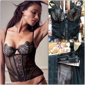 Nwt Victoria's Secret corset 38D