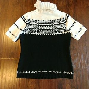 Ann Taylor Sweaters - ❤Ann Taylor Sweater