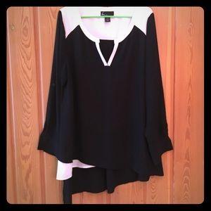 Asymmetrical black and white tunic blouse