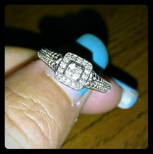 Jewelry - Real Diamond Ring Size 7.5