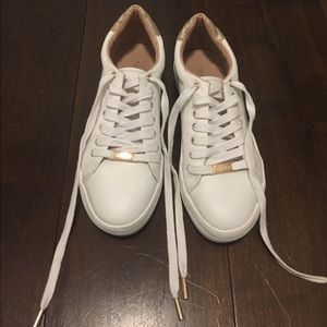 Like-new White Topshop Sneakers, rose gold accents