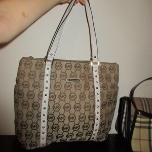 Signature Michael Kors Canvas tote with zipper top
