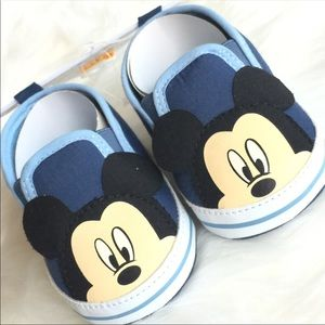 Disney Baby ear flaps slip on shoes