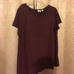 Women's burgundy short sleeve. Cato brand