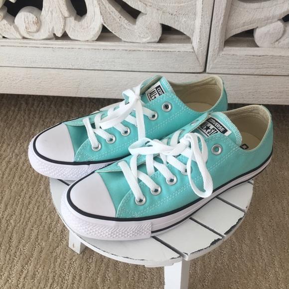 1b87936d25bd Tiffany Blue Converse Sneakers