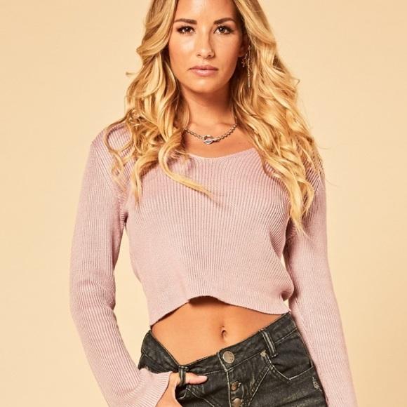 6555857587a2f honey bum Tops - Crop top long sleeve sweater ❤️
