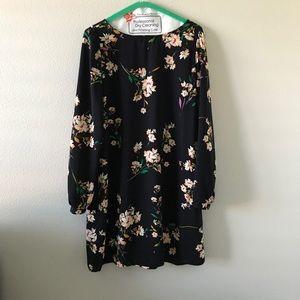Long sleeve floral mini