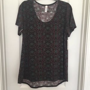 NWT LuLaRoe Classic T in Black Floral