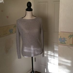 Sweet light gray sweater