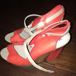 Maria Sharapova by Cole Haan coral heel authentic