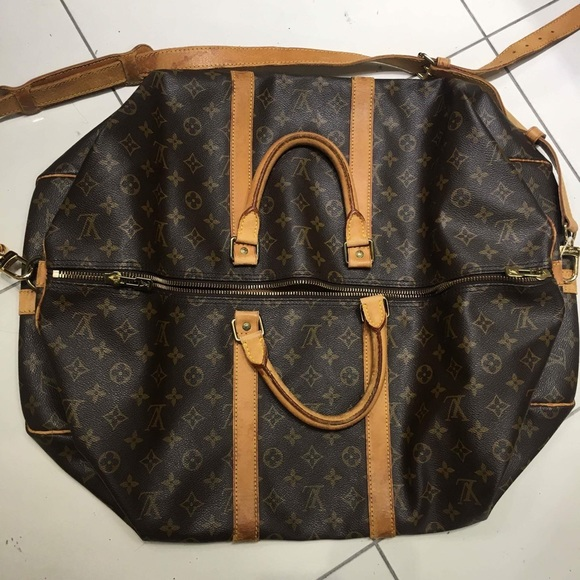 628313f2cea7 Louis Vuitton Handbags - Authentic Louis Vuitton Keepall Bandouliere 55