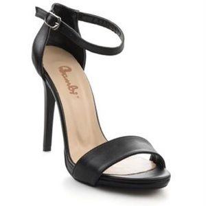 HP! Black Heels NWT Size 8