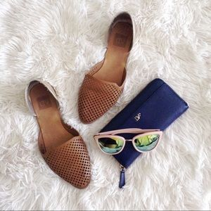 DV brown+gold d'Orsay pointed flats