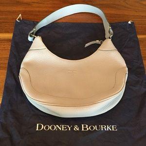 Dooney & Bourke Medium Hobo!