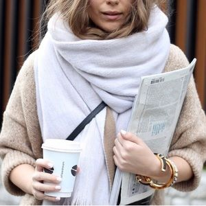 Zara Tan/white Scarf