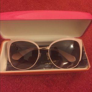 Never worn kate spade genice sunglasses
