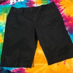 Old Navy Low Waist Sz 2 womens shorts