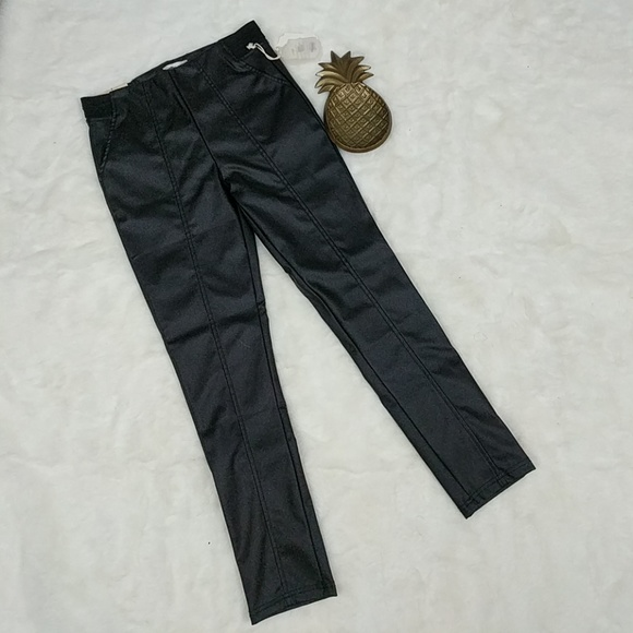 Small NEW Faux Leather Women/'s Skinny Pants Trousers Altar/'d State S