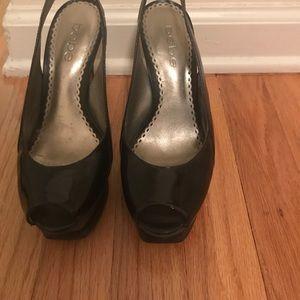 BEBE Zahara Cork shoes,Size 5.