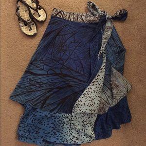 Dresses & Skirts - Versatile Skirt/Dress ! One size