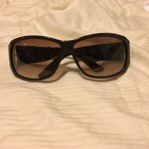 Brown Gucci sunglasses 2592/S