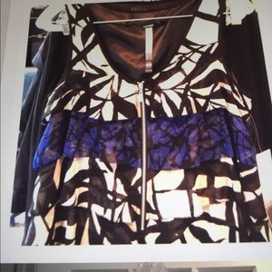 KENSIE GEO PRINT TIERED RUFFLE DRESS