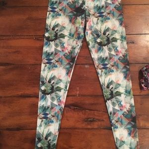 Onzie Limited Edition Abstract Long Leggings S/M