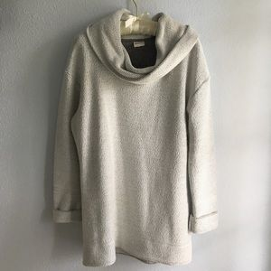 Over-sized grey sweater