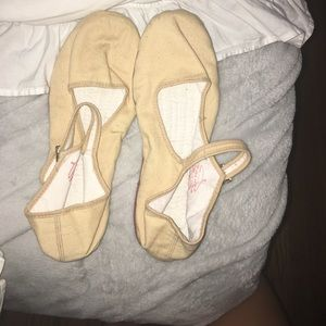 NEVER BEEN WORN American apparel shoes!!!