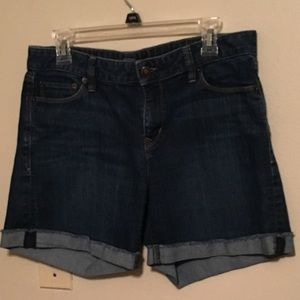 Size 6 Loft denim shorts