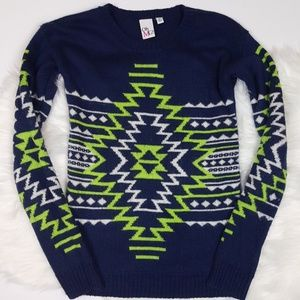 🌺 Macy's Navy Blue, White, Lime Green Sweater XS
